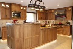 Quarter Sawn White Oak Kitchen Cabinets and Kitchen Island
